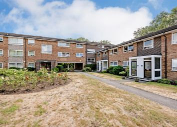 2 bed maisonette to rent in Gleneagles, Stanmore HA7