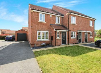 Thumbnail 3 bed town house for sale in Southlands Court, South Milford