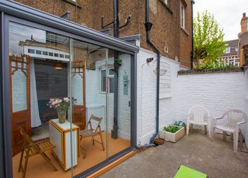 4 bed terraced house to rent in Hoskins Street, Greenwich SE10