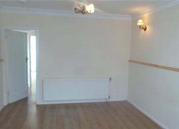 Thumbnail Room to rent in Pastuer Gardens, Palmers Green, London, |