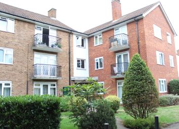 Thumbnail 3 bed flat to rent in Berrylands Road, Surbiton