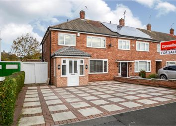 Thumbnail 4 bed town house for sale in Ferndale Road, Thurmaston, Leicester
