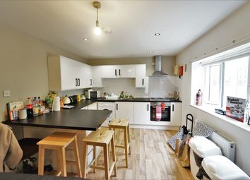 Thumbnail 3 bed flat to rent in Elm House, Cranmer Street, City Centre