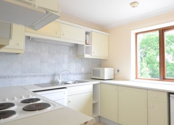 Thumbnail 1 bed flat to rent in Osborne Road, Wokingham