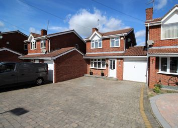 Thumbnail 3 bed detached house for sale in Hilliard Close, Bedworth