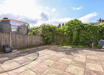 Thumbnail 5 bed flat to rent in Lakehall Gardens, Thornton Heath