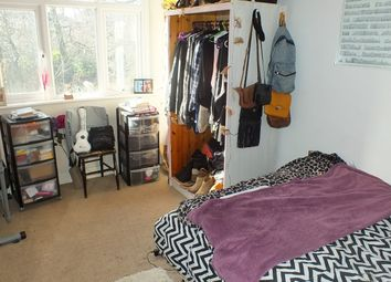 Thumbnail 5 bed flat to rent in Sefton Court, Leeds
