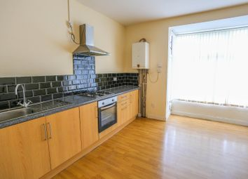 Thumbnail 2 bedroom flat to rent in Bearwood Road, Smethwick