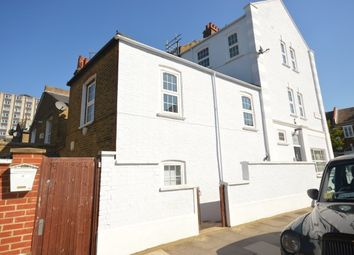 Thumbnail 5 bed triplex to rent in Tamworth Street, Fulham