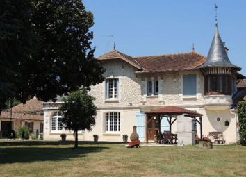 Thumbnail 11 bed property for sale in 17270 Montguyon, France