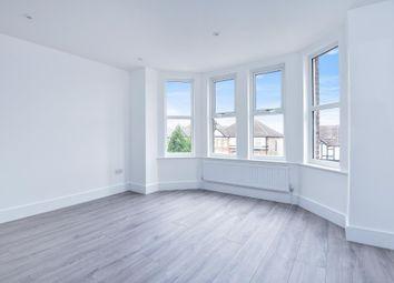 Thumbnail 2 bedroom flat for sale in Park Road, New Barnet
