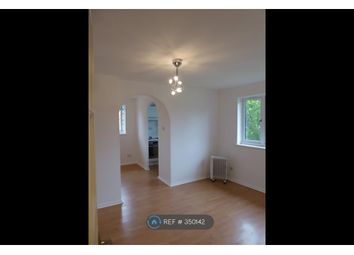 Thumbnail Studio to rent in Southwold Road, Watford