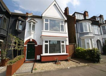 Thumbnail 1 bed flat for sale in Leighton Avenue, Leigh-On-Sea, Essex