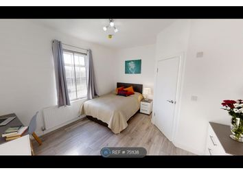 Room to rent in Bath Road, Hayes UB3