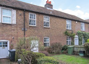 2 bed property for sale in Thorney Mill Road, Iver SL0