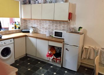 3 bed terraced house to rent in St. Johns Close, Hyde Park, Leeds LS6