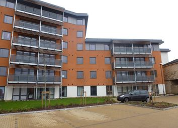 Thumbnail 1 bed flat to rent in Lynmouth Avenue, Chelmsford
