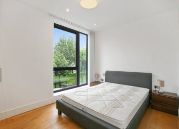 Thumbnail 1 bed flat to rent in Hanbury Street, London