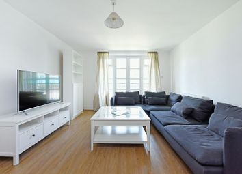Thumbnail 2 bed flat for sale in Hamilton House, Limehouse