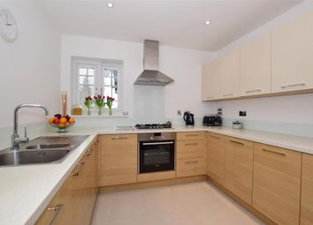 Thumbnail 2 bedroom flat for sale in Albion Road, Sutton, Surrey