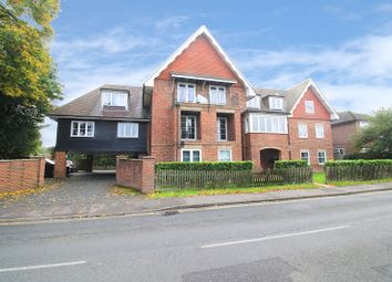 Thumbnail 2 bed flat to rent in 31 Moat Road, East Grinstead, West Sussex.