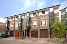 Thumbnail 4 bed flat to rent in Barnfield Place, Isle Of Dogs