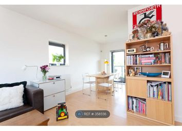 Thumbnail 3 bed flat to rent in Vandome Close, London