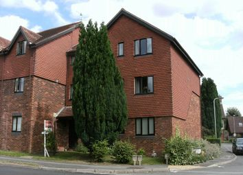 Thumbnail 2 bed flat to rent in School Hill, Lamberhurst, Tunbridge Wells