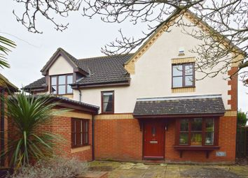 Thumbnail 4 bedroom detached house for sale in Walkhampton Avenue, Milton Keynes, Buckinghamshire
