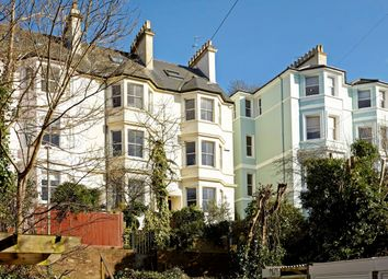 Thumbnail 4 bed town house to rent in Cumberland Walk, Tunbridge Wells, Kent