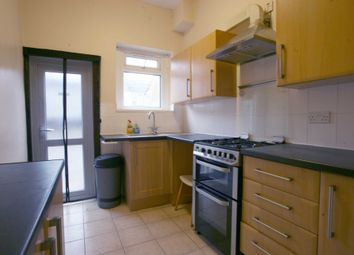 4 bed terraced house to rent in Hamilton Road, Ilford IG1