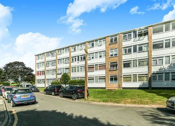 3 bed property to rent in Tarnwood Park, London SE9