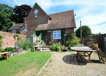 Thumbnail 2 bed cottage to rent in Pett Lane, Charing, Ashford