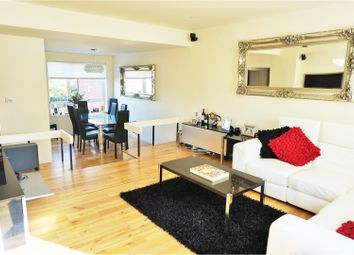 Thumbnail 4 bed town house for sale in Windsor Close, London