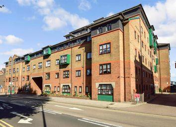 West Street, Gravesend, Kent DA11. 2 bed flat