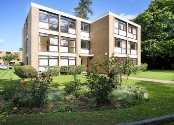 Thumbnail 2 bedroom flat to rent in Beechcroft Manor, Weybridge