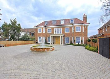 Thumbnail 7 bed detached house to rent in Beech Hill, Hadley Wood, Hertfordshire