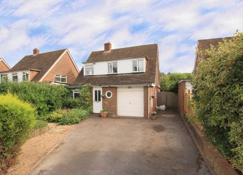 Thumbnail 4 bed detached house for sale in Vicarage Road, Wigginton, Tring