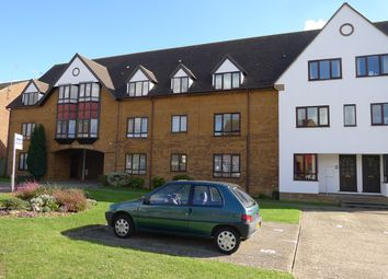 Thumbnail 2 bed flat to rent in Bidwell Close, Letchworth Garden City