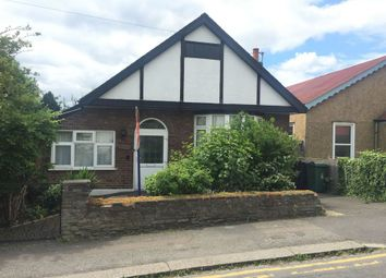3 Bedrooms Detached bungalow to rent in Church Avenue, Highams Park E4