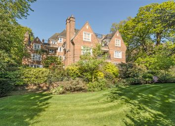 Oxford House, 52 Parkside, London SW19. 2 bed flat for sale