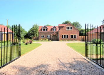 Thumbnail 4 bed country house for sale in Bossingham Road, Stelling Minnis, Canterbury