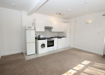 Thumbnail 1 bed flat to rent in Perth House, Flora Grove, St Albans