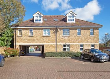 Thumbnail 2 bed flat for sale in Park Lane, Broxbourne