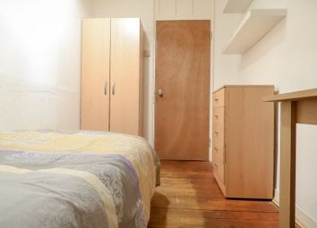 Thumbnail 4 bedroom shared accommodation to rent in Old Castle St, London