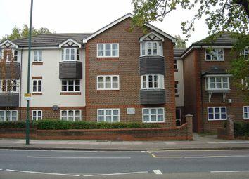 Thumbnail 2 bed flat to rent in Kenton Road, Harrow