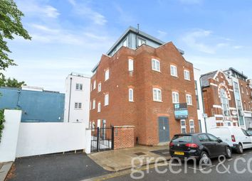 Thumbnail 3 bedroom flat to rent in Maybury Gardens, London
