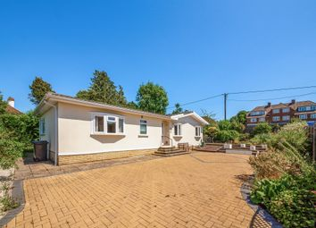 Brockham Hill Park, Boxhill Road, Tadworth KT20. 2 bed mobile/park home for sale