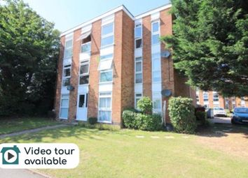 2 bed flat to rent in Elderberry Close, Luton LU2