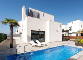 Thumbnail 5 bed villa for sale in Torrevieja, Spain